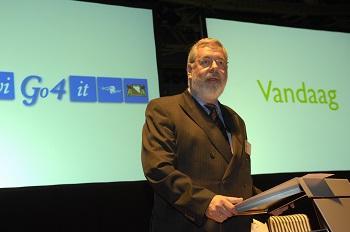 Mart Toet tijdens oprichtingsbijeenkomst, 7 september 2007